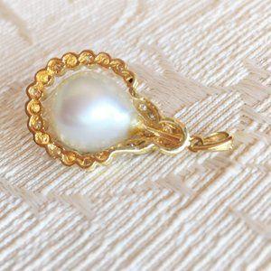 MABE PEARL & DIAMOND PENDANT Jewelry - MABE PEARL & DIAMONDS PENDANT